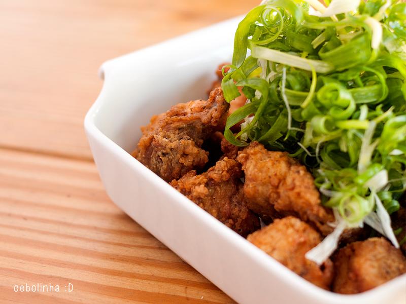 oppa dak frango frito coreano cebolinha