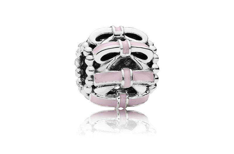 pandora-charm-doce-laco-rosa-prata-de-lei-esmalte-rosa-r-19500-copia