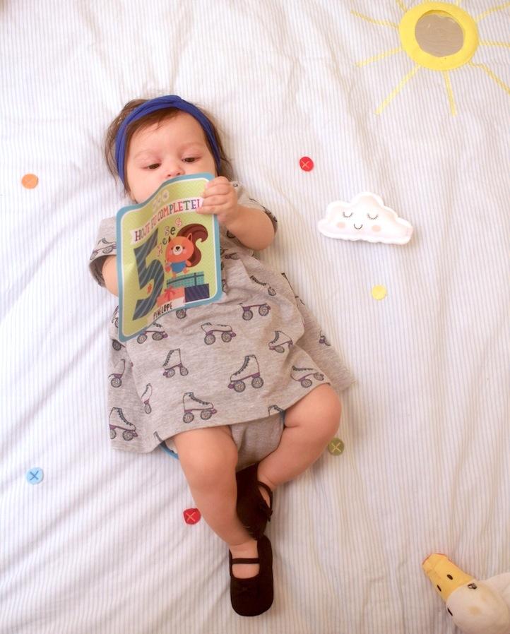 colore-plaquinhas-momentos-bebe-penelope-5meses-01