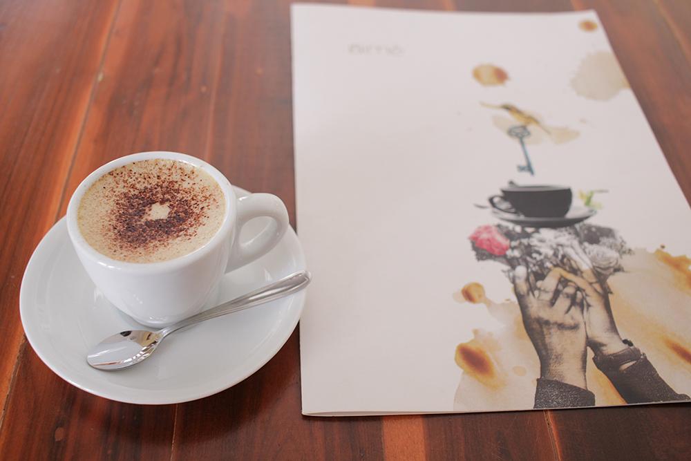 aime cafe penteadeira amarela (3)