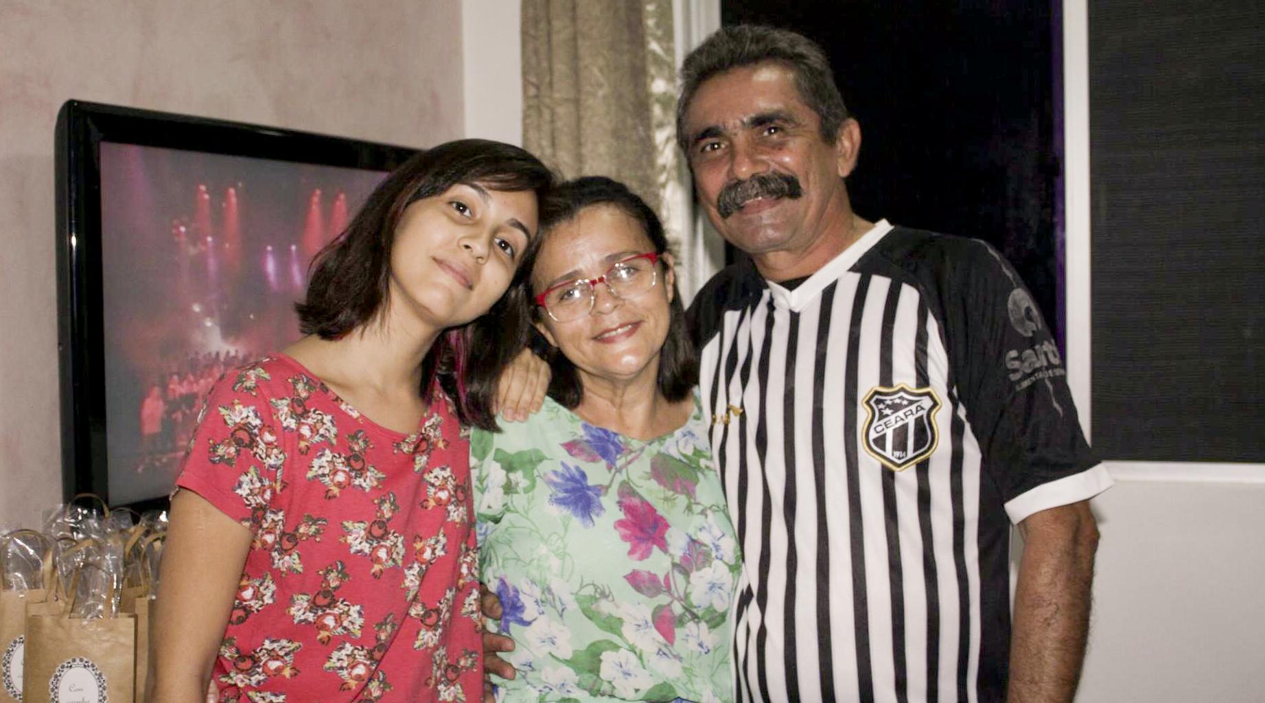 Eu, olheiras gigantes, minha mãe e meu pai