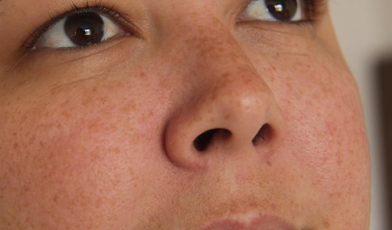 mascara carvao removedora cravos depois