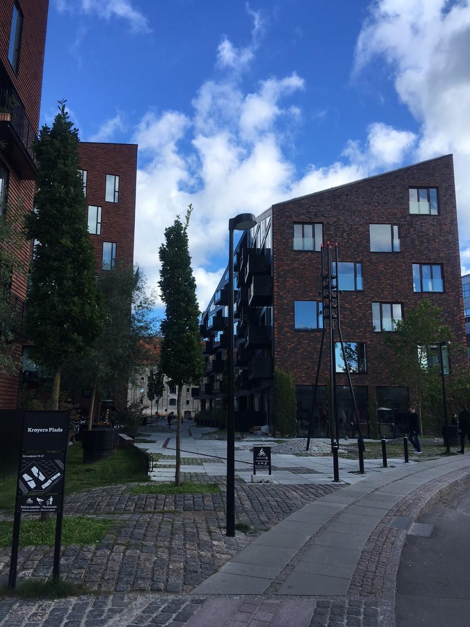 penteadeira_amarela_copenhagen_arquitetura_moderna