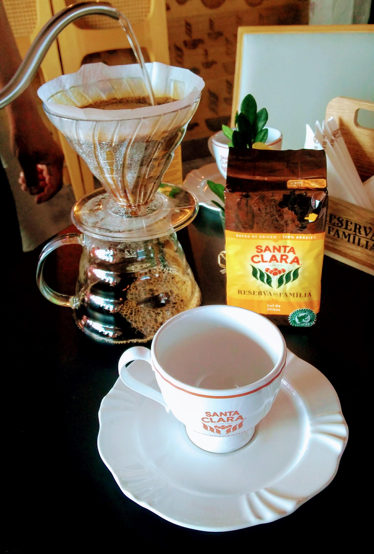 Para uma melhor qualidade, os cafés foram servidos coados no hário