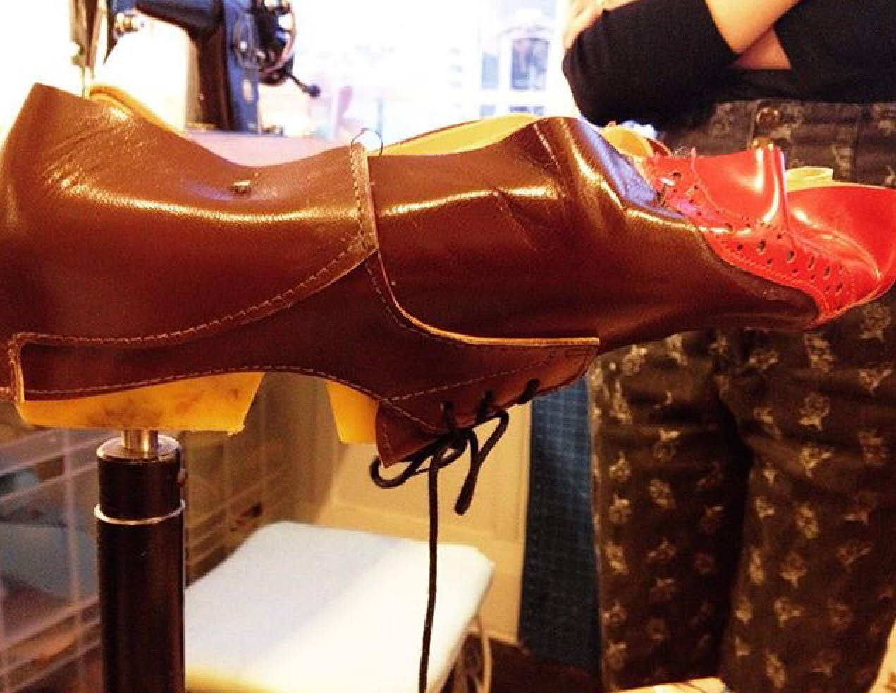 Penteadeira Amarela Oficina de Sapatos3