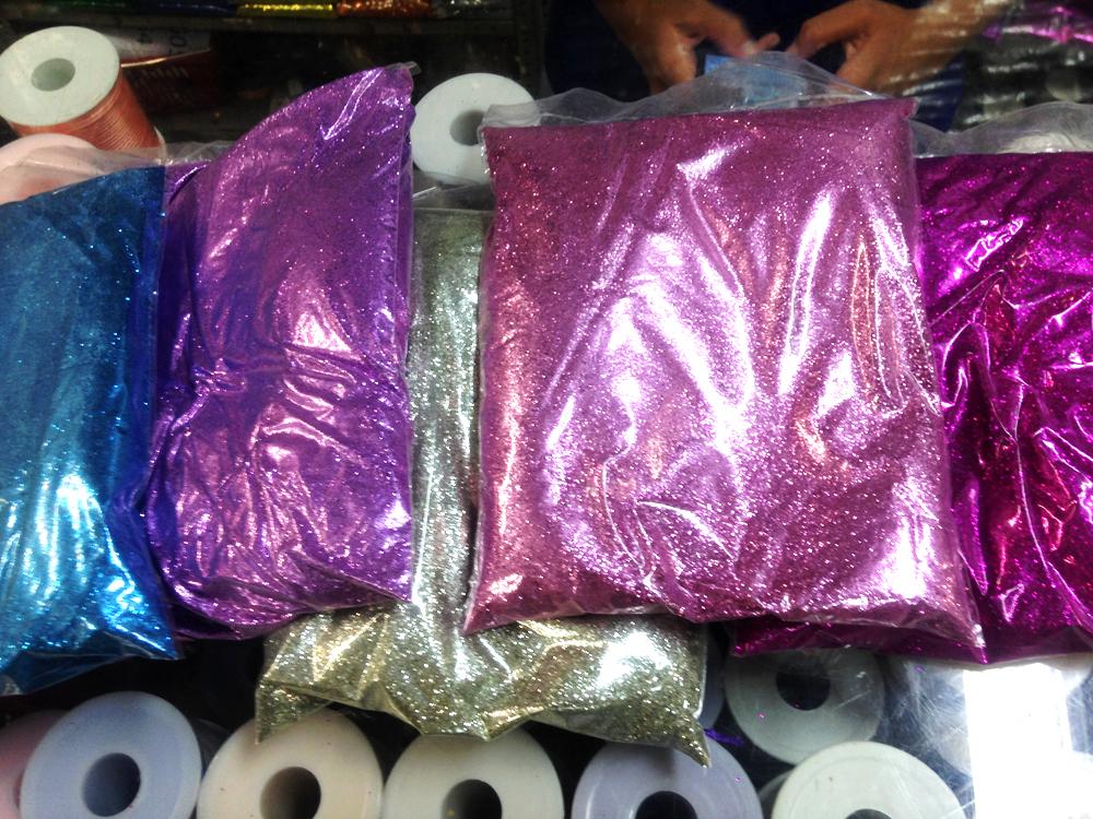 Meio kilo de glitter em várias cores