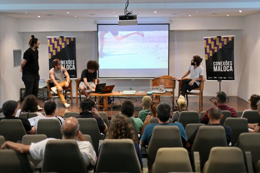 Artistas cearenses se apresentam para curadores no Conexões Maloca