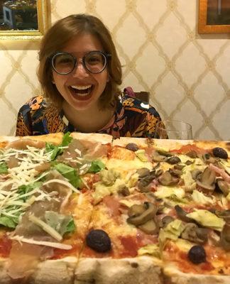 terra mia restaurante penteadeira amarela pizza um metro 7