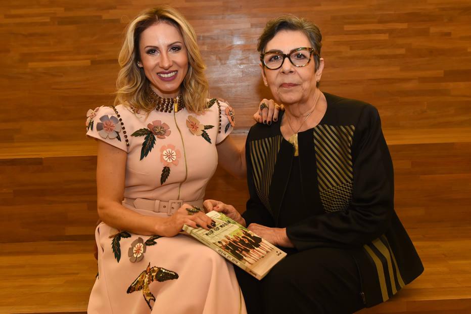 Danielle Ferraz e Penha Moraes, autoras do livro