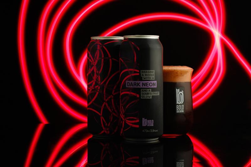 Dark Neon_ Foto Sérgio Gotthard